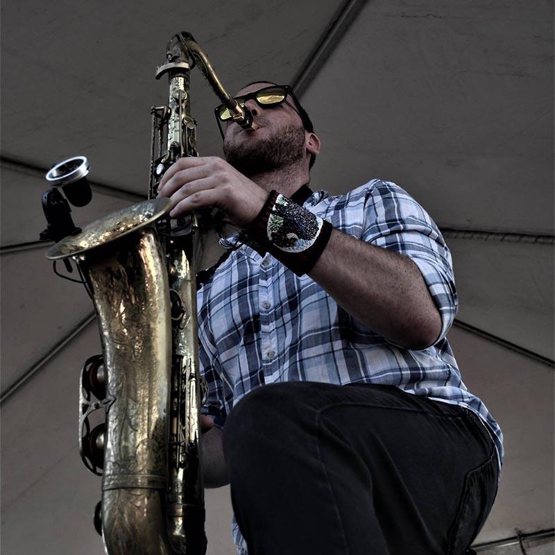 doug-levin-horn-fx